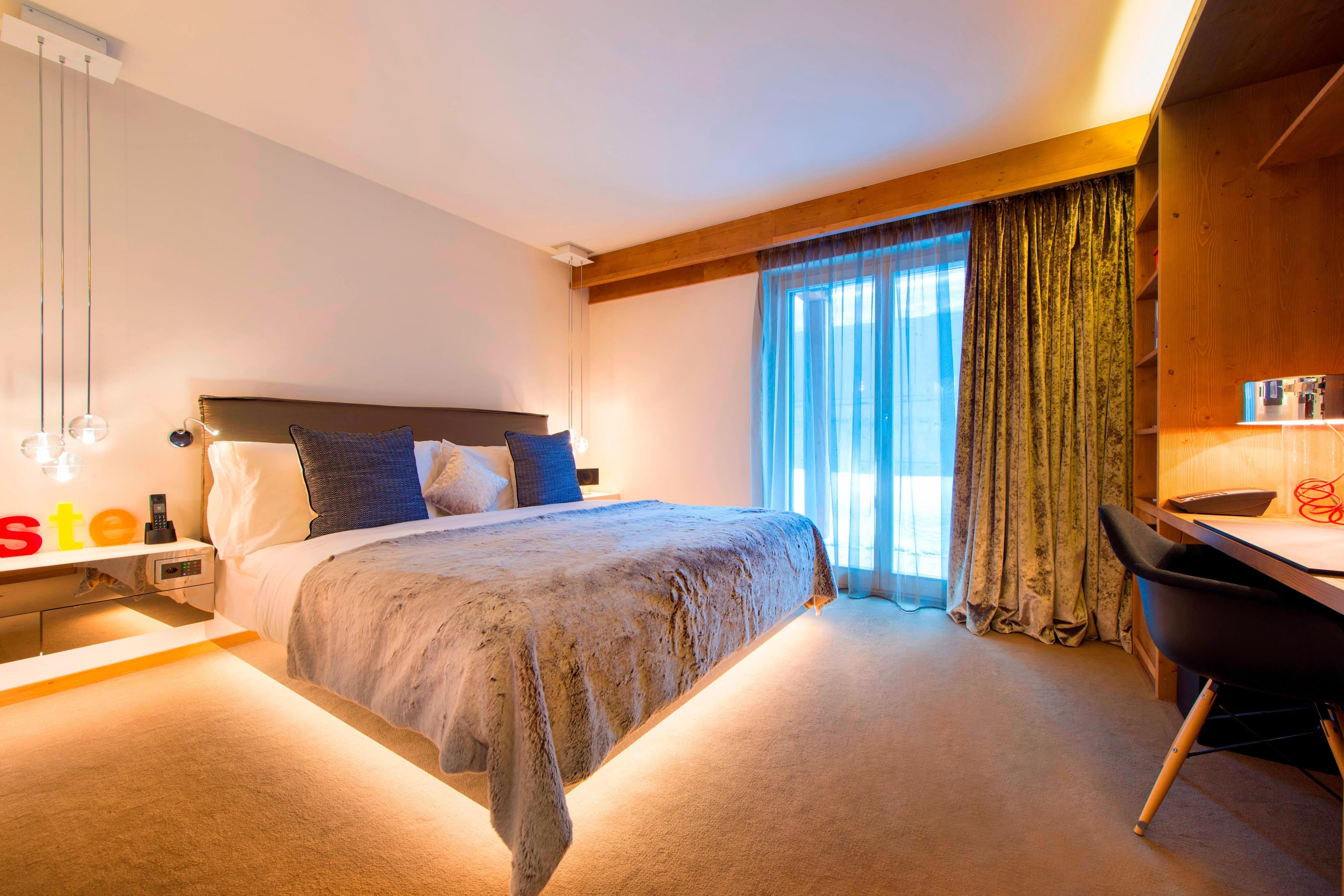 Wonderful Residence Bedroom