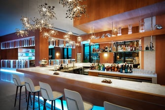 Boulevard Hotel Baku White City Bar