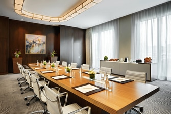 Boulevard Hotel Baku Meeting Room