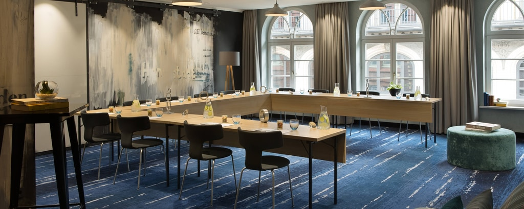 conference facilities hamburg meeting venue space renaissance hamburg hotel. Black Bedroom Furniture Sets. Home Design Ideas