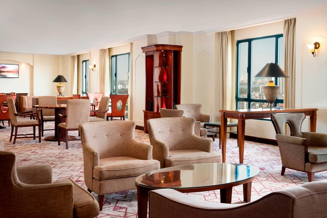 A Relaxing Upscale Space The Sheraton Club Lounge Offers Complimentary Breakfast Afternoon Hors Doeuvre And Variety Of Beverage Options Take Advantage