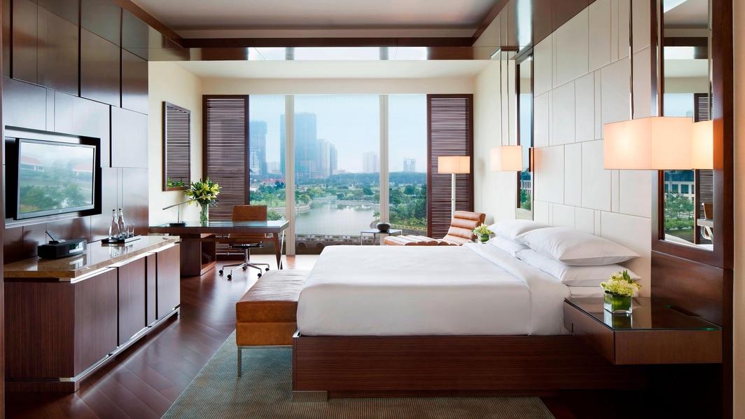luxury accommodation in hanoi vietnam