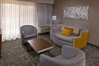 Harrisburg hotel suite