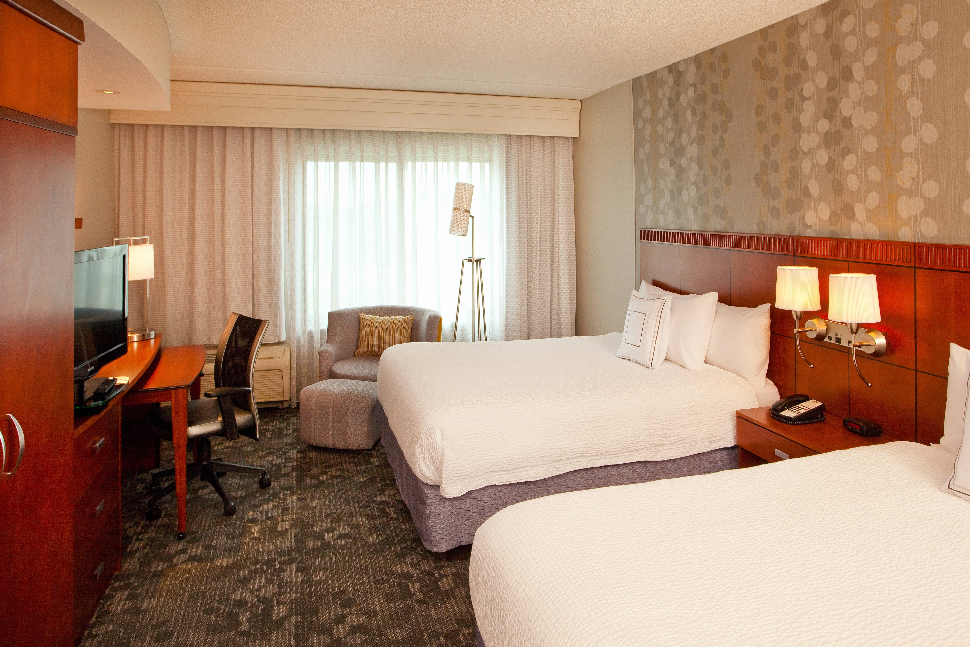 Guest Room, Double