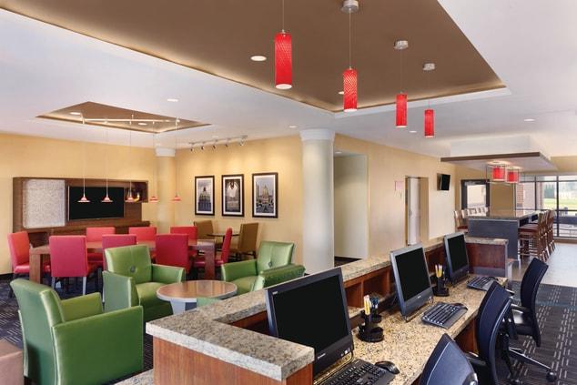 Mechanicsburg Hotels