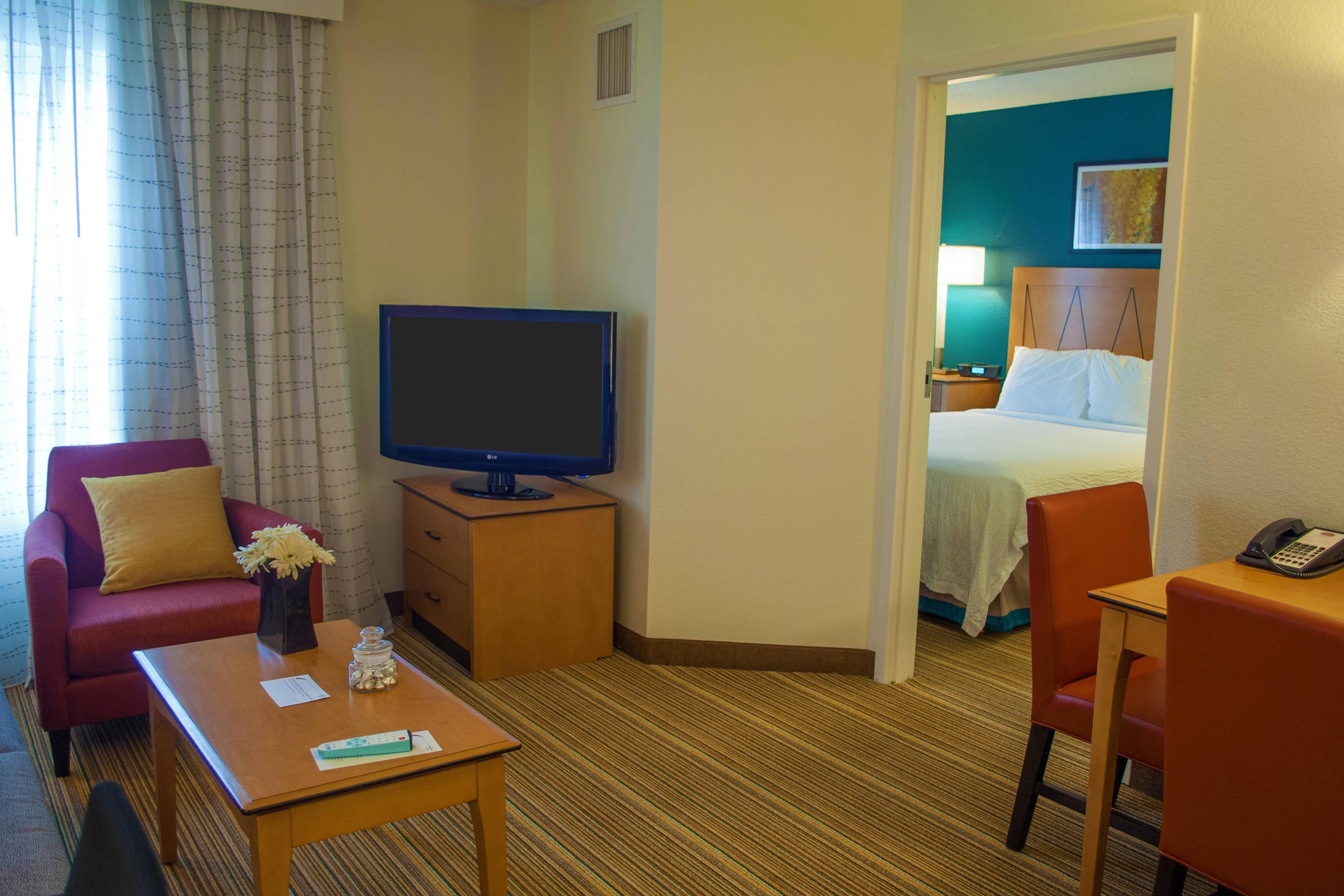 Harrisburg PA hotel suite