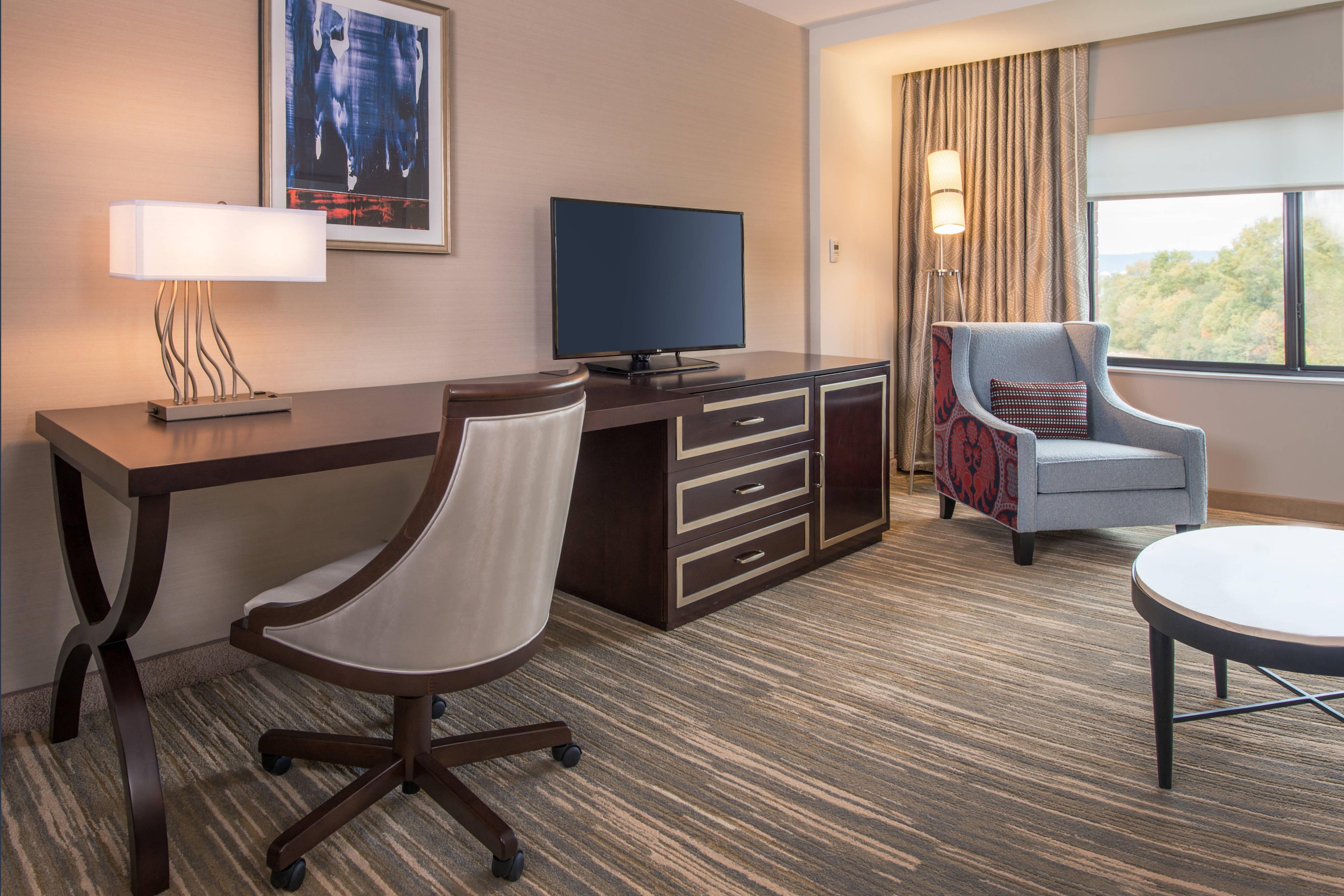 Hotel Near Shippensburg University Work Desk