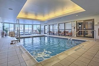 Mechanicsburg hotel indoor pool