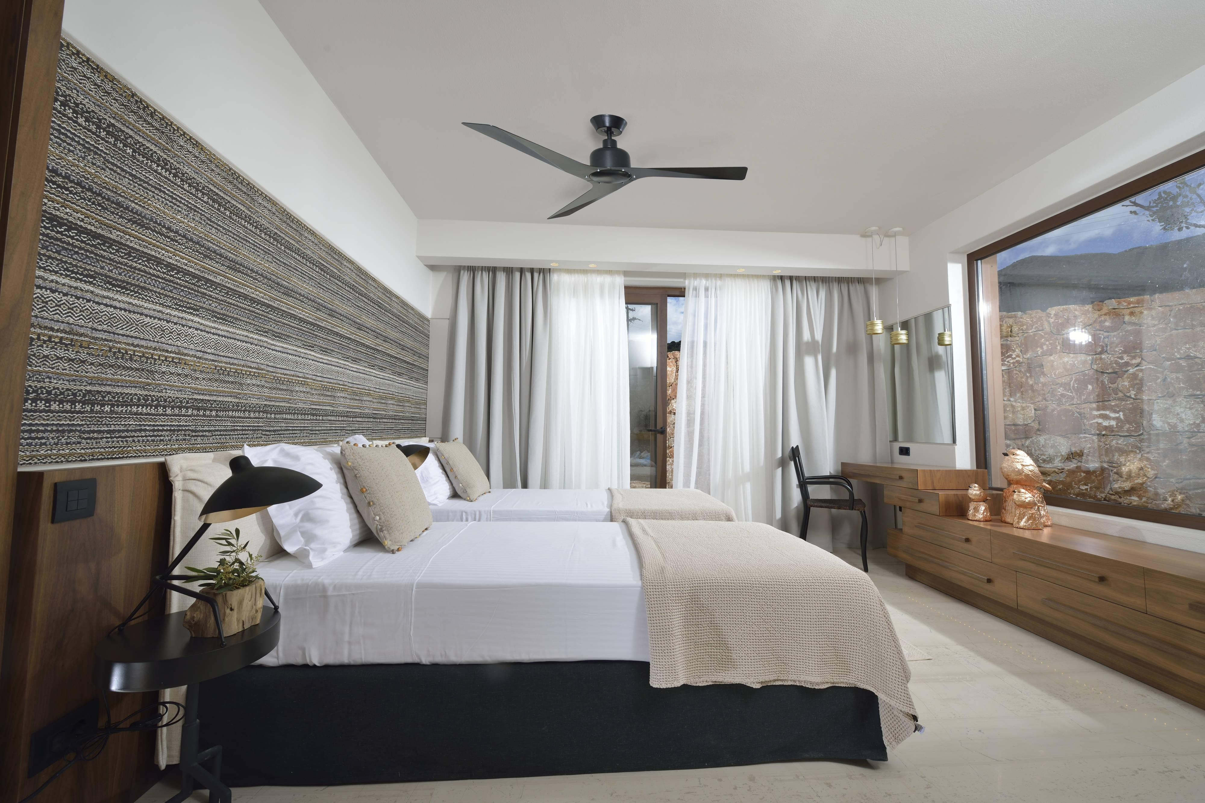 Luxury Residence Secondary Bedroom
