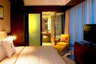 Comfort Suite - Bedroom