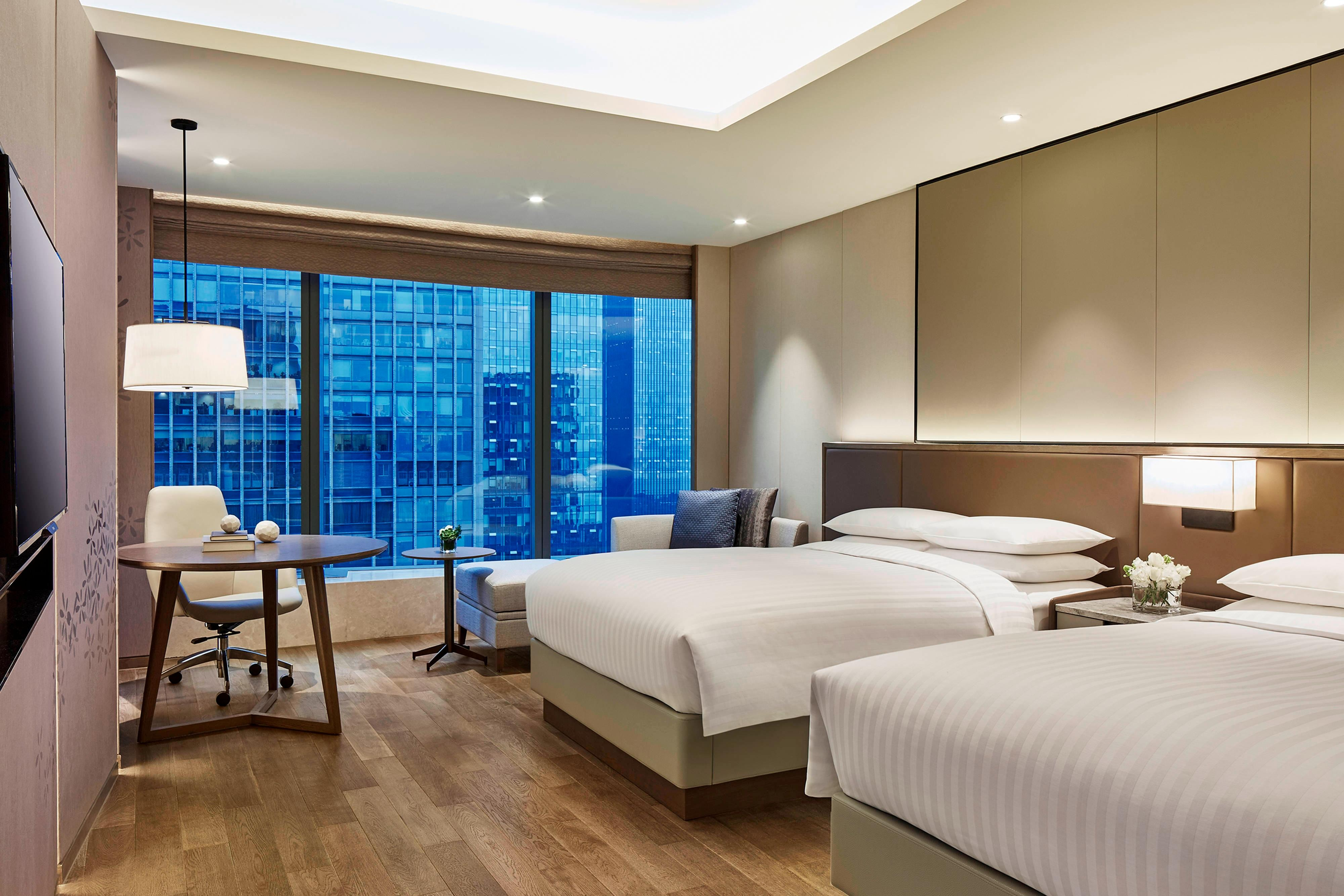Deluxe Double/Double Guest Room - City View