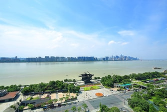 Qiantang River View