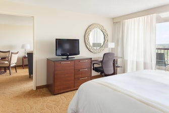 Island King Suite