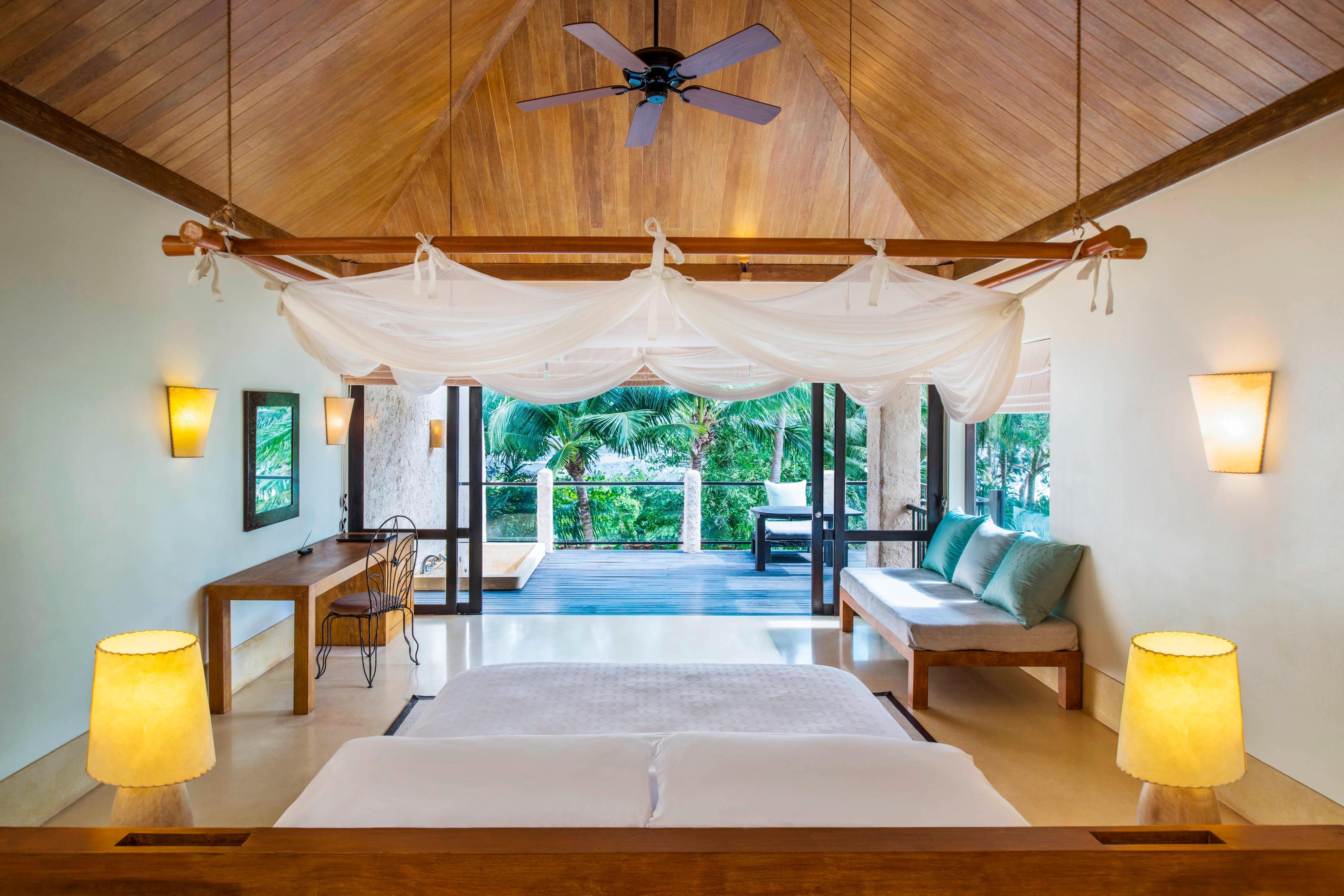 Duplex Pool Villa Suite - Bedroom