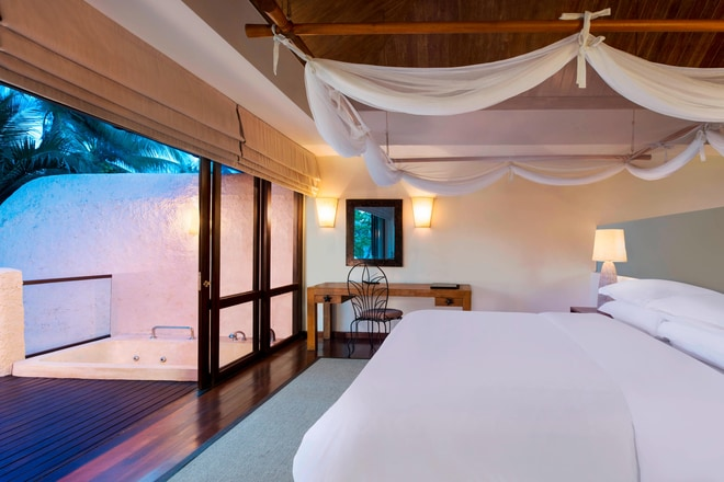 Duplex Pool Villa Suite - Bedroom