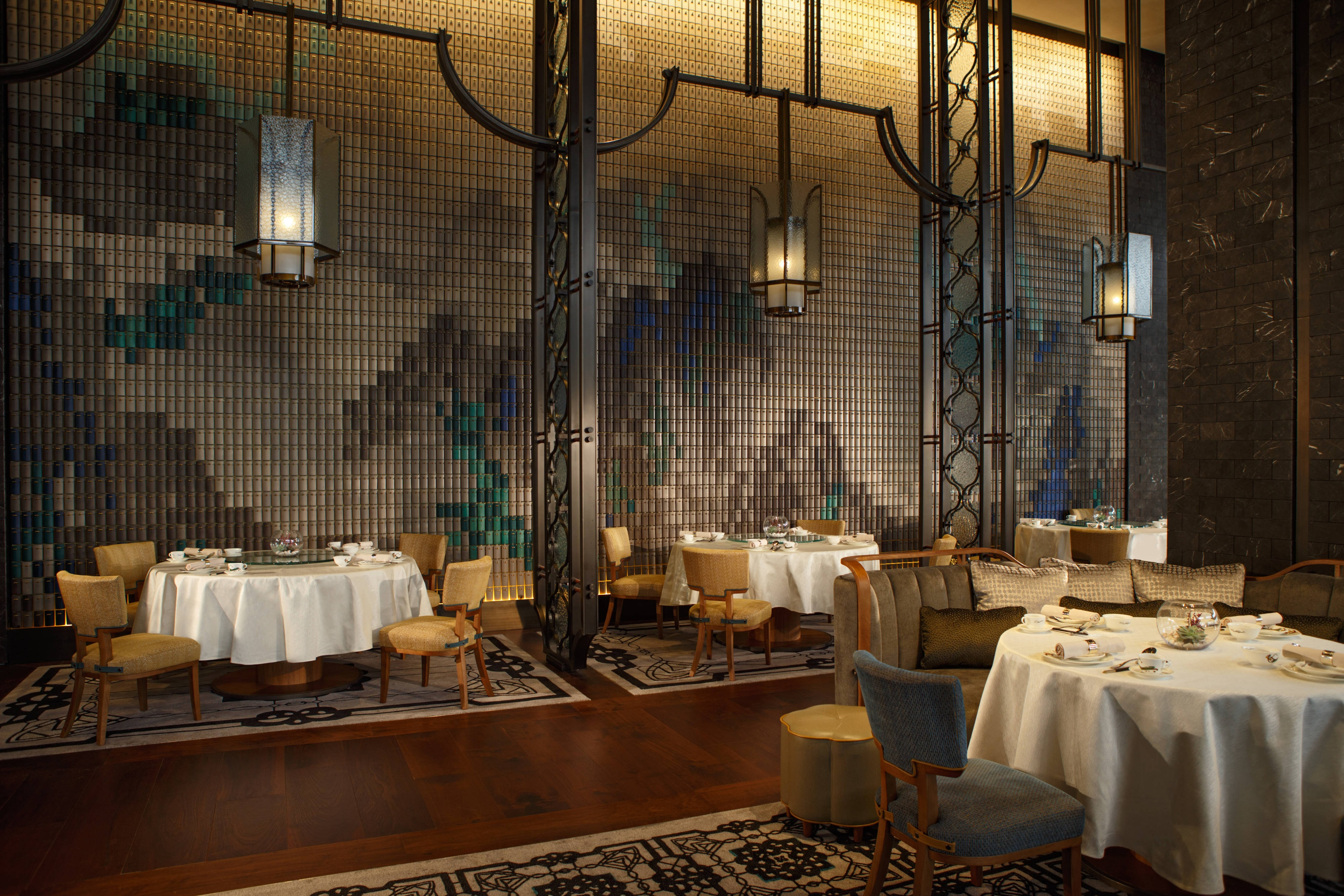 Upscale dining in Hong Kong