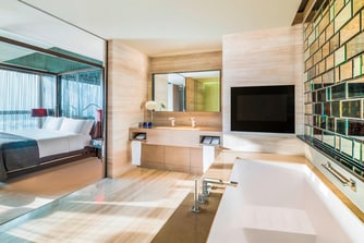 Guest Room - WOW Suite - Bathroom (sunshine)