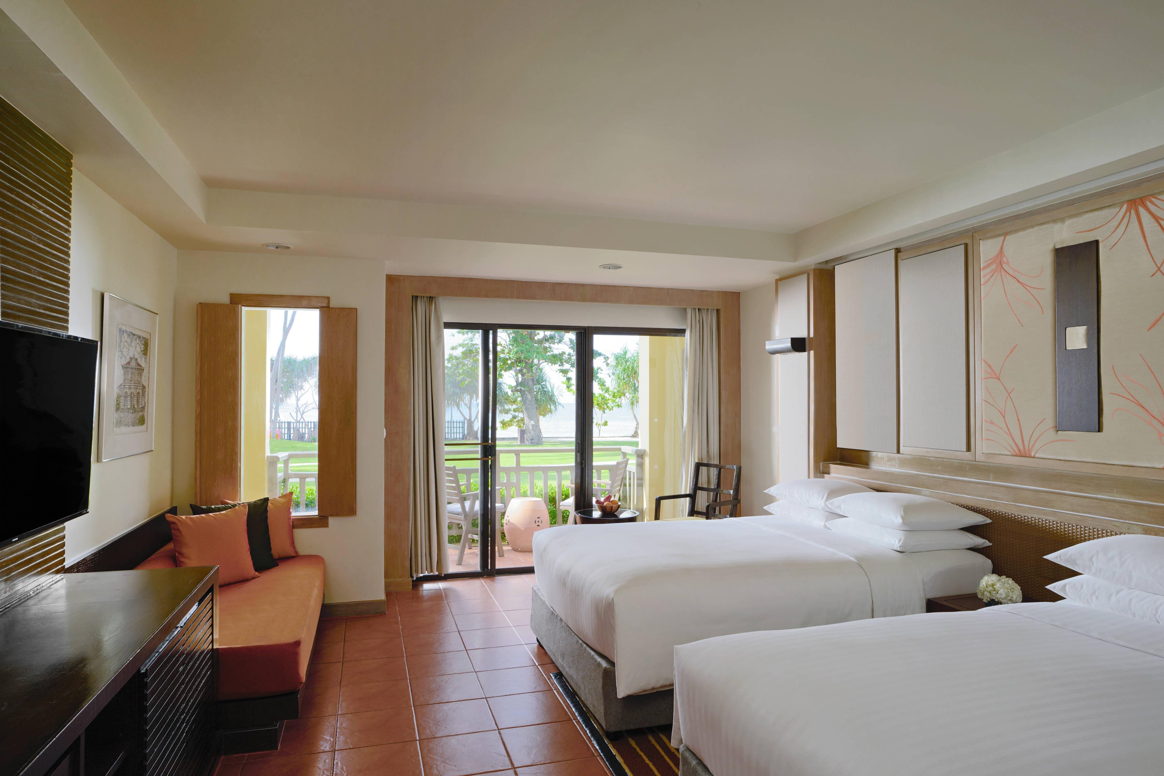 Double/Double Premier Beach Access Guest Room