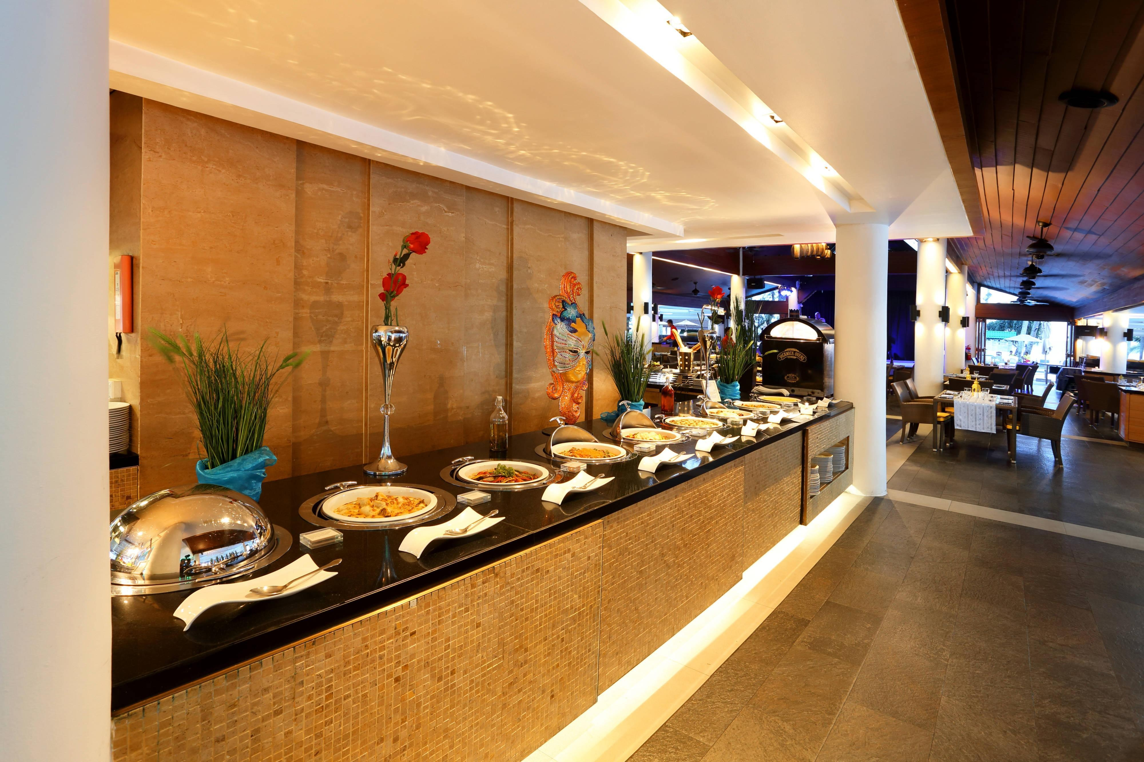 Pakarang Restaurant Buffet Section