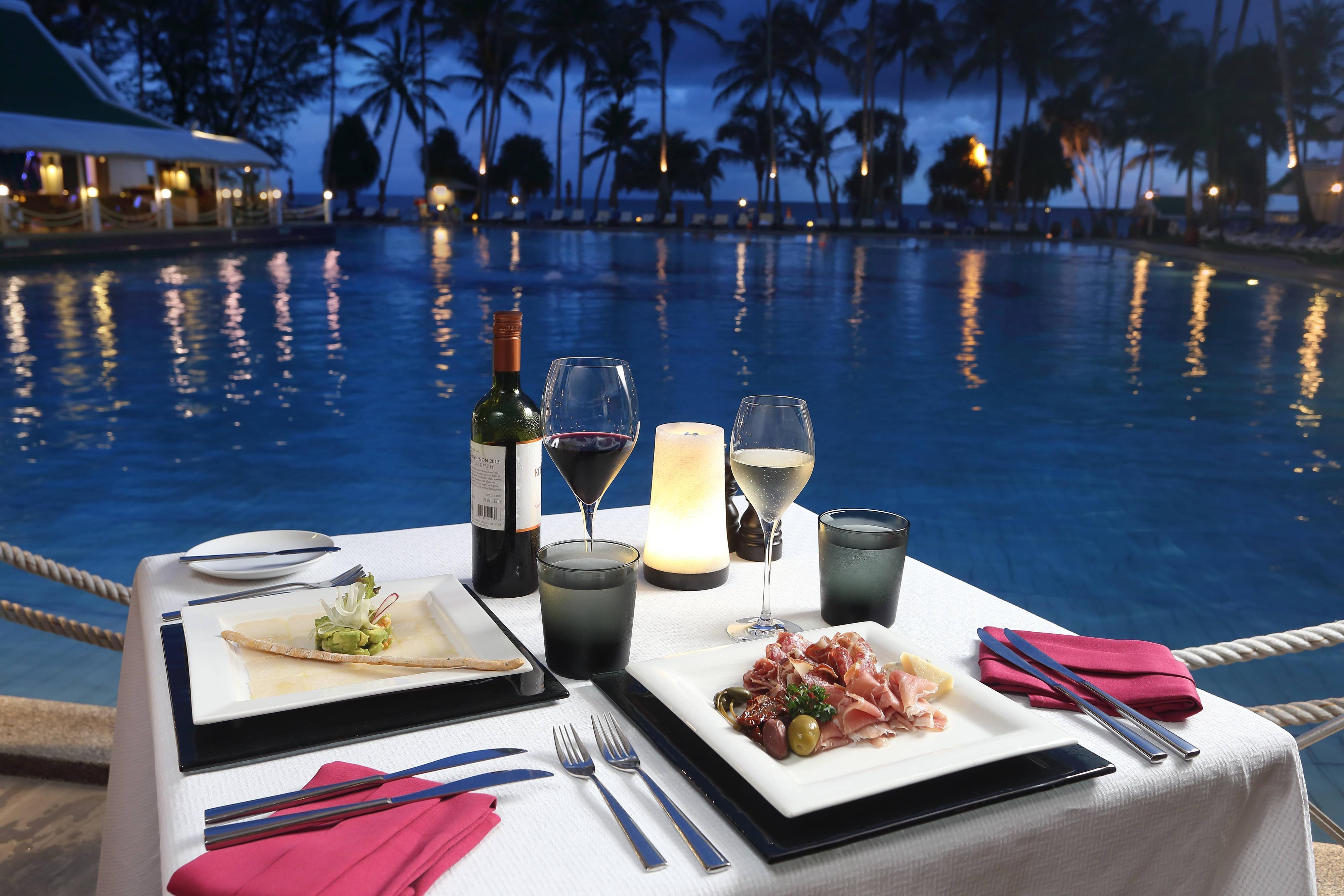 Portofino Italian Restaurant Poolside Terrace