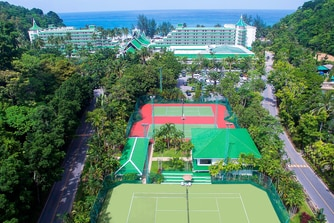 Tennis Courts and two airconditioned squash courts