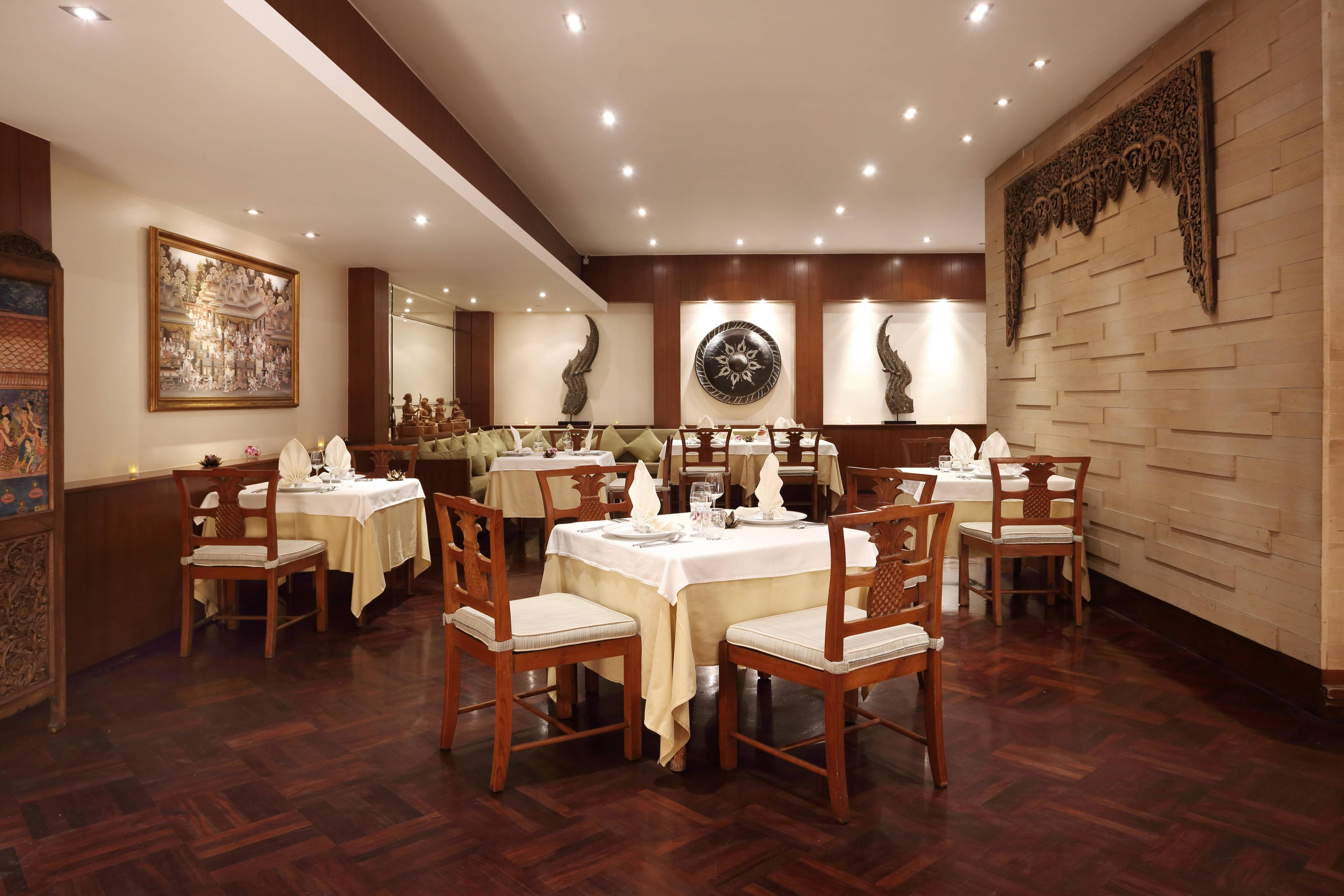 Wang Warin Thai Restaurant Interior