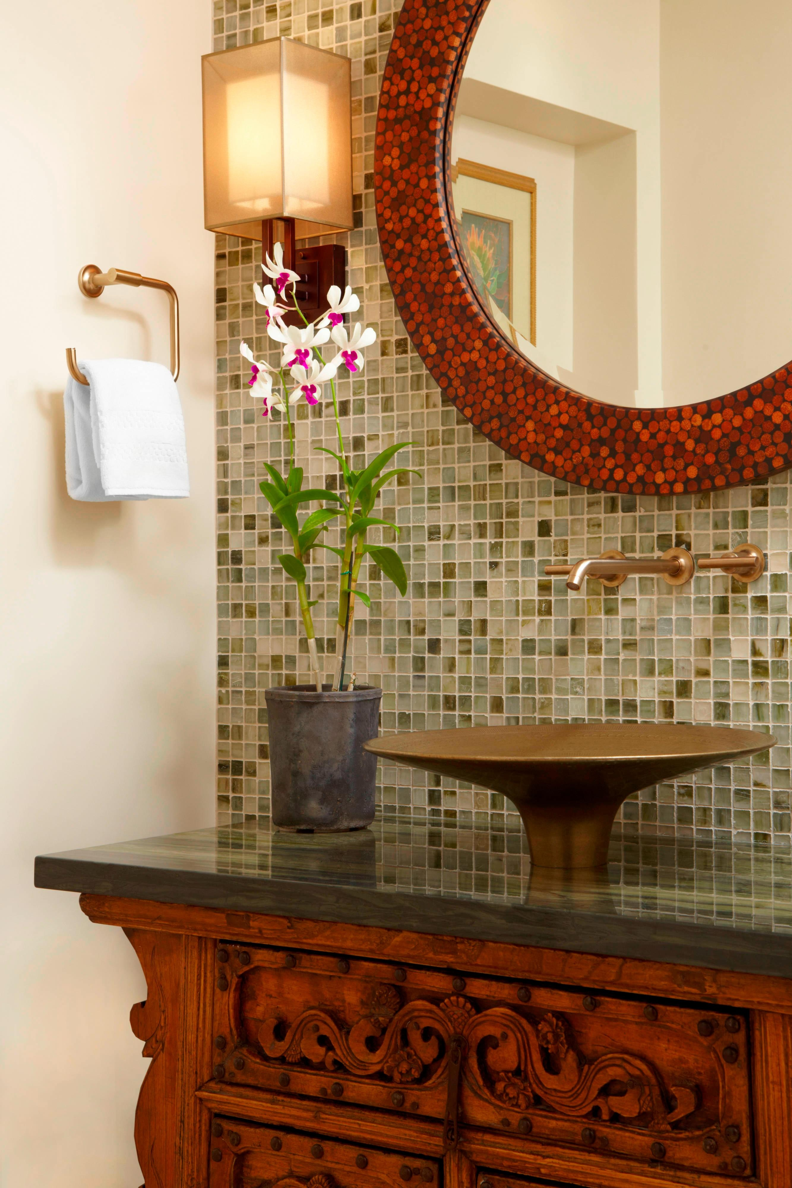 Queen Kaahumanu Suite - Bathroom