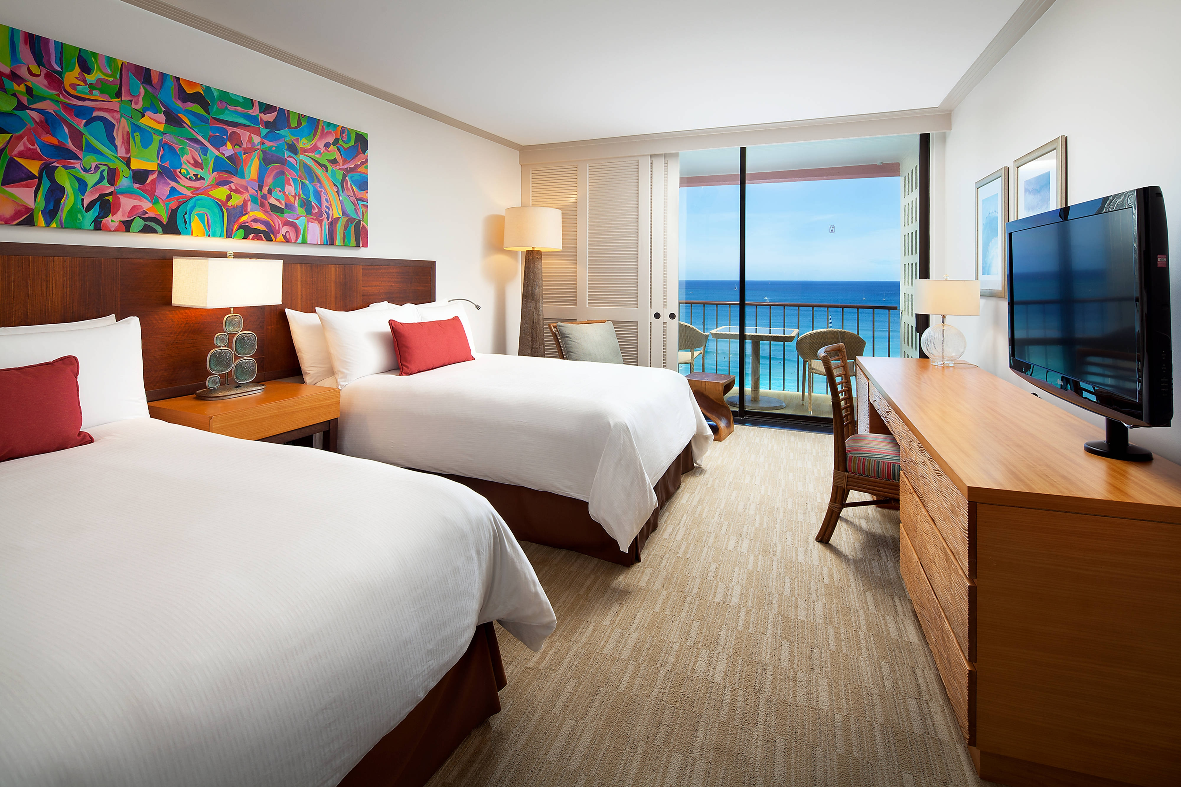 Mailani Tower Double Oceanfront Guest Room