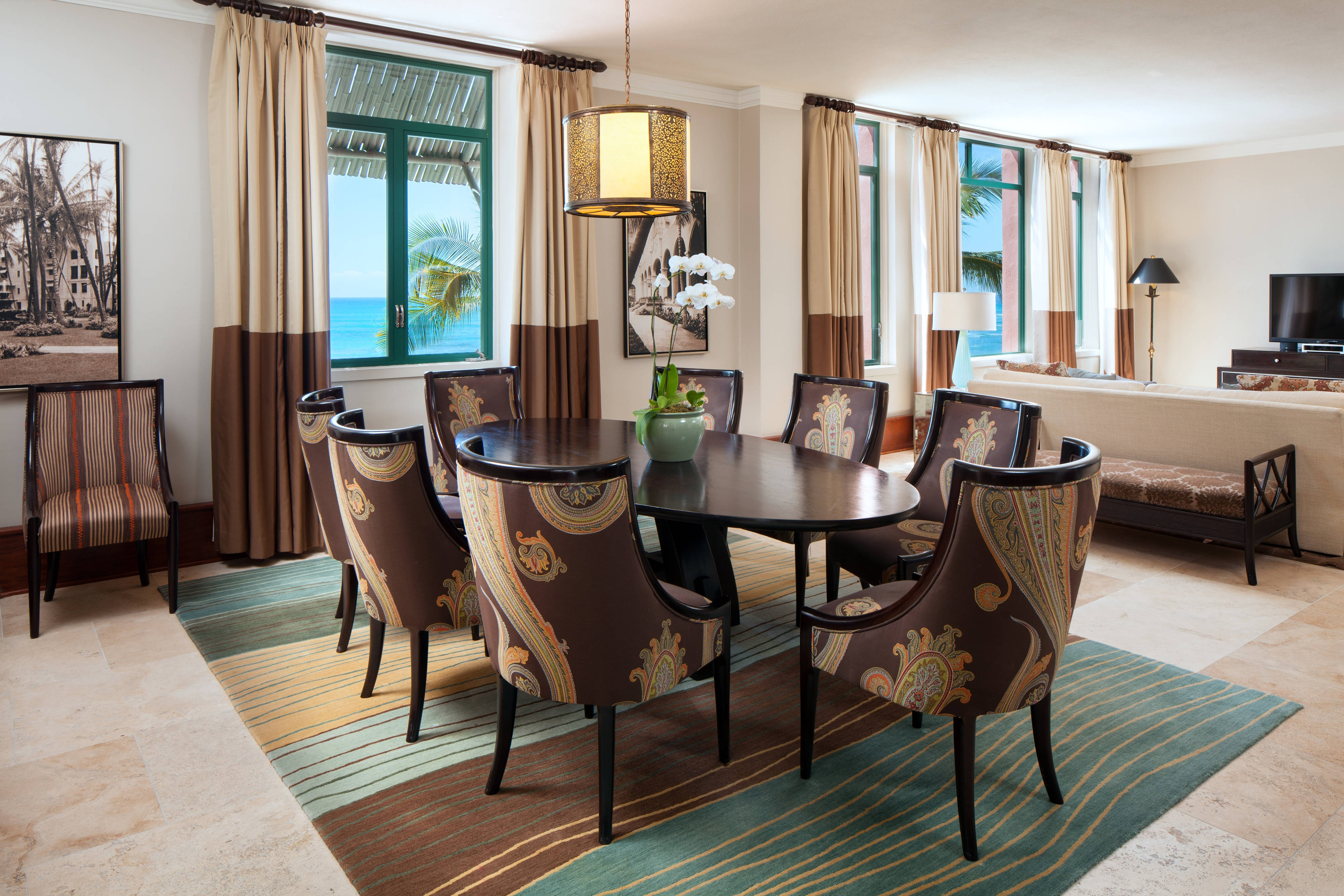 Royal Hawaiian Suite - Dining Room