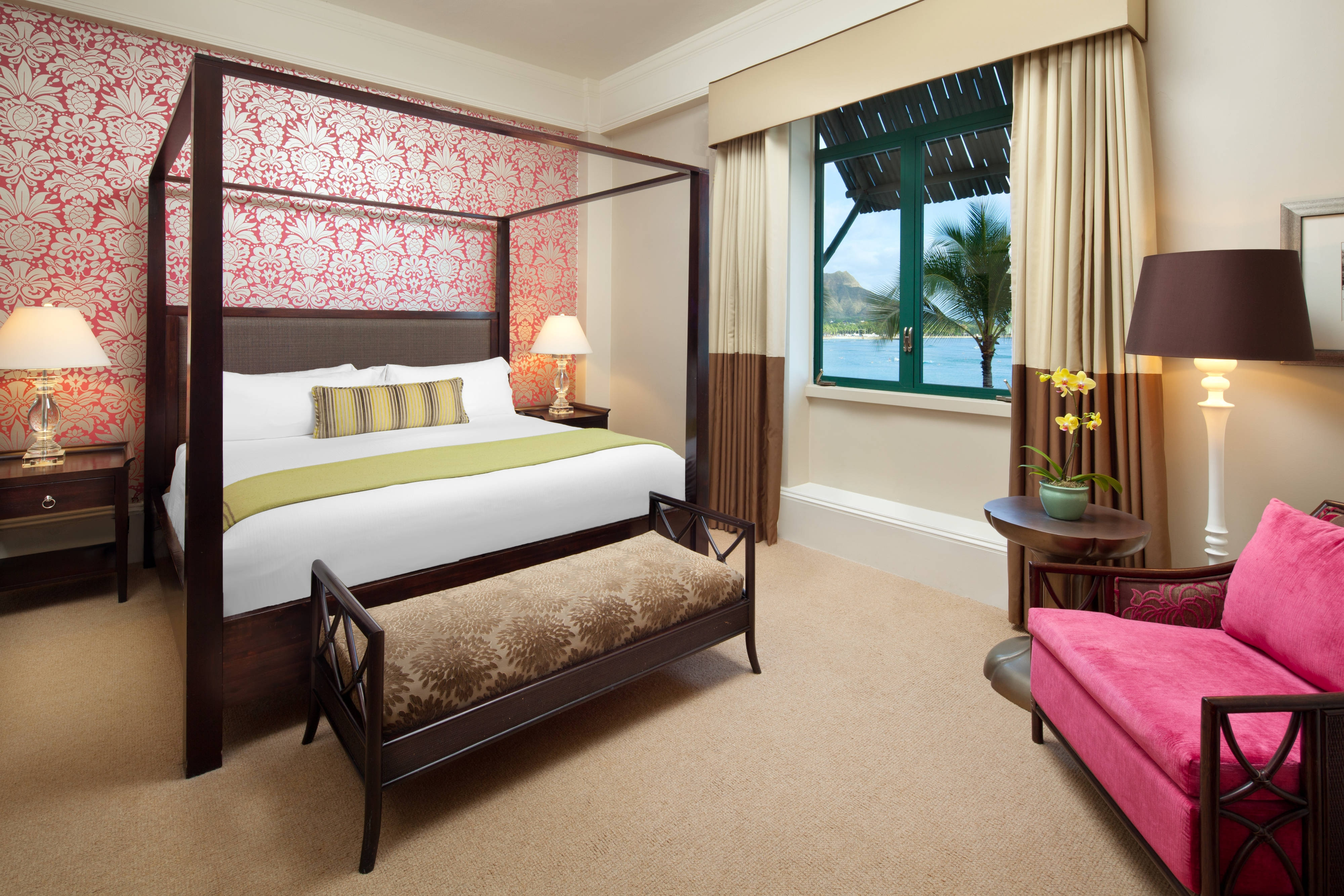 Royal Hawaiian Suite - Master Bedroom