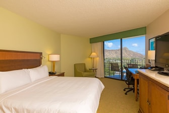 Honolulu Hotel Diamond Head View King Bed