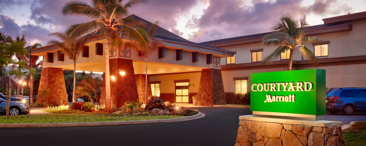 Laie Hawaii hotel entrance