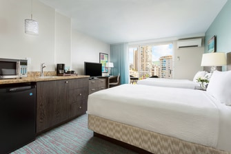 Honolulu Deluxe Double Guest Room