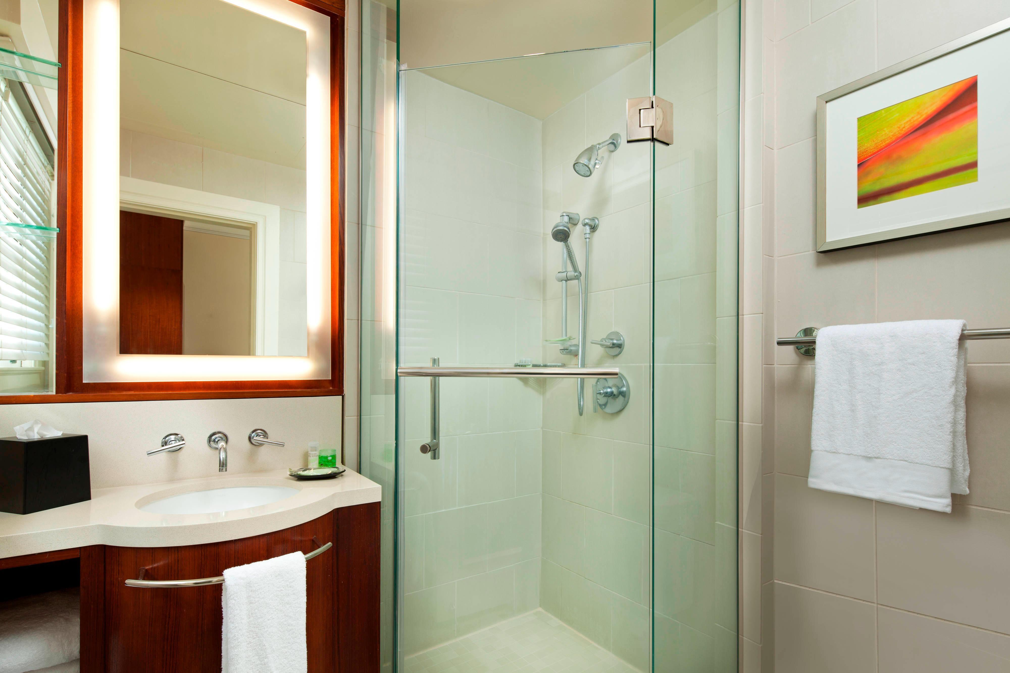 Banyan Guest Bathroom