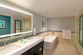 Penthouse Ocean 2108 - Bathroom