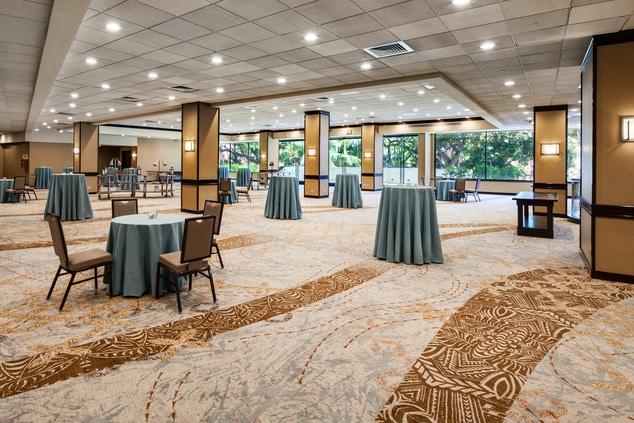 Hawaii Ballroom Foyer