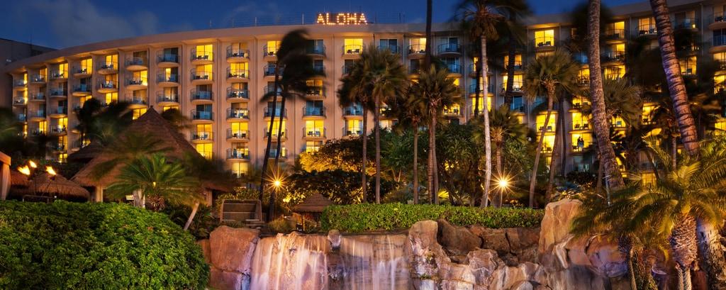 Exterior with Aloha Lights