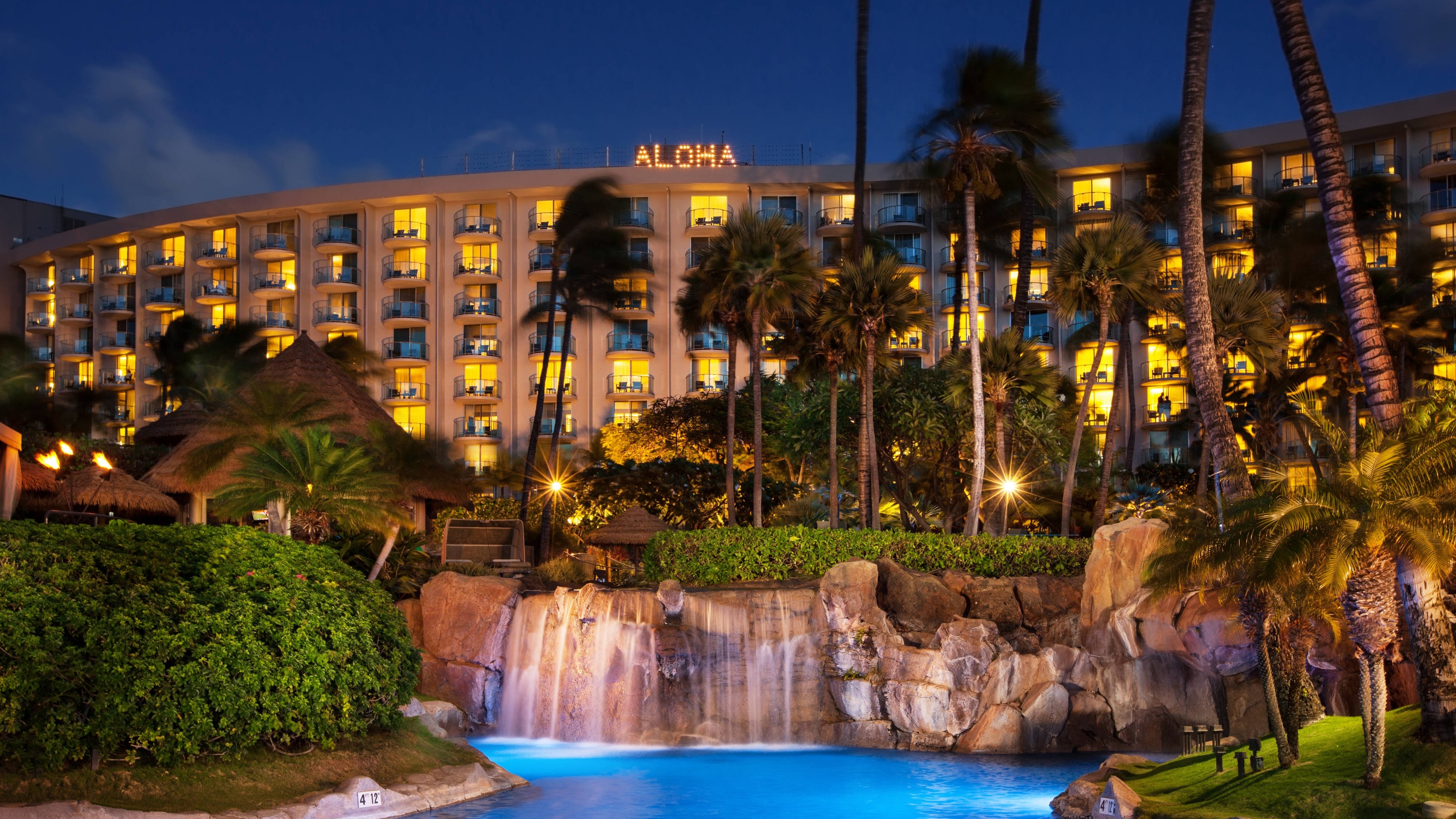 Exterior with Aloha Lights