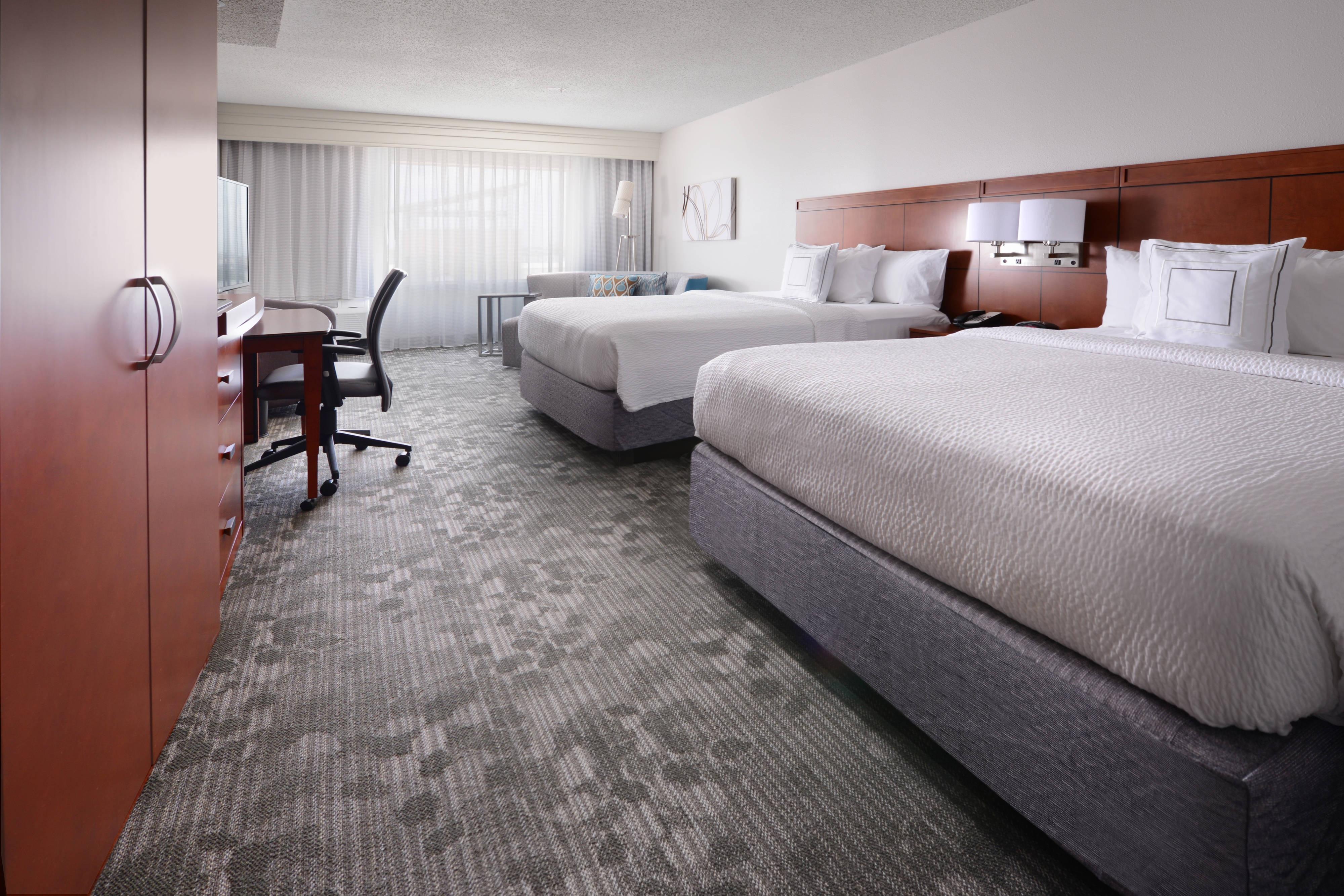 Queen/Queen Guest Room with Sofa Bed