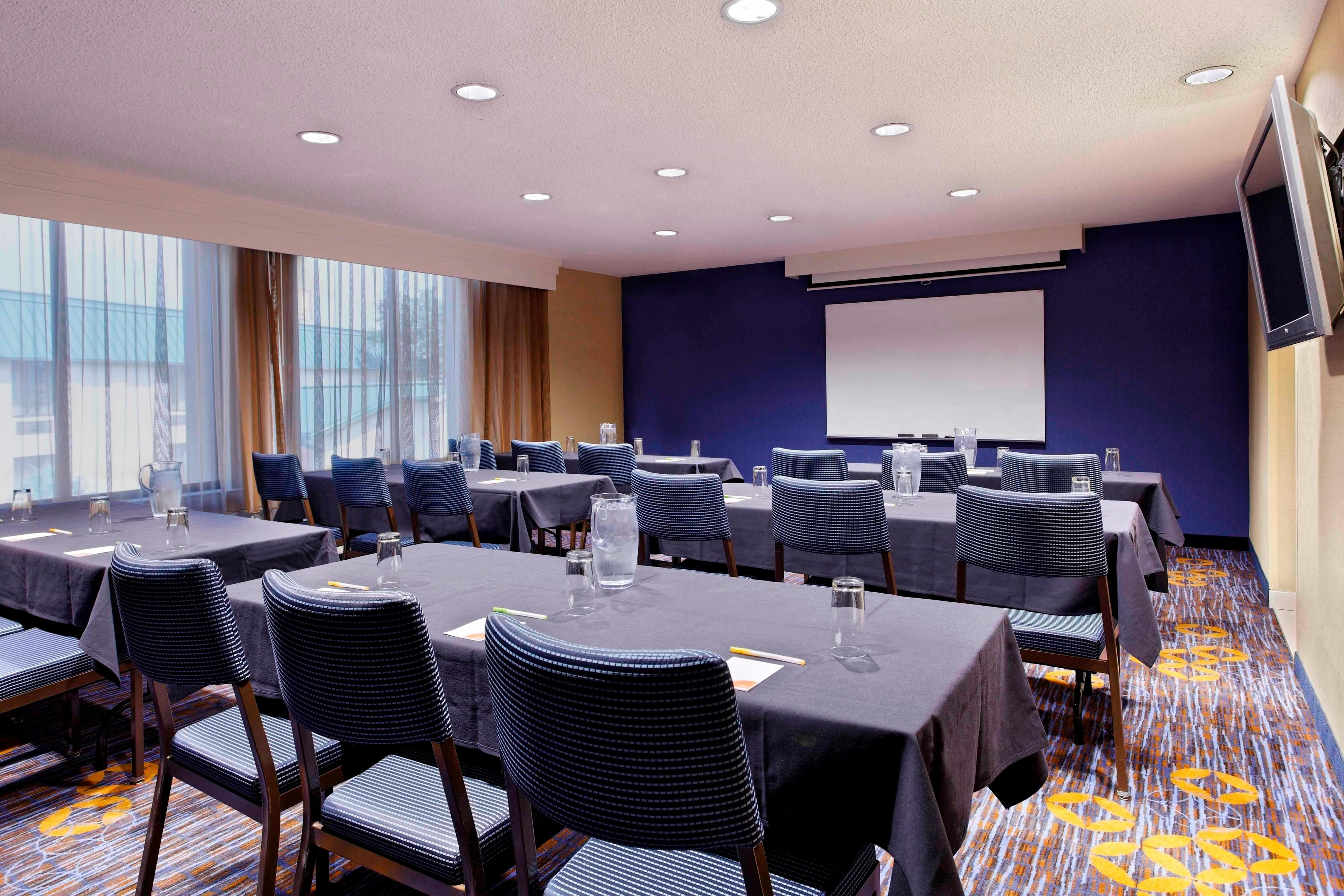 houston hotel meeting room