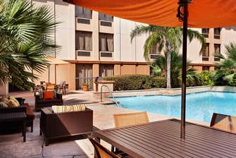 piscina del hotel en Houston