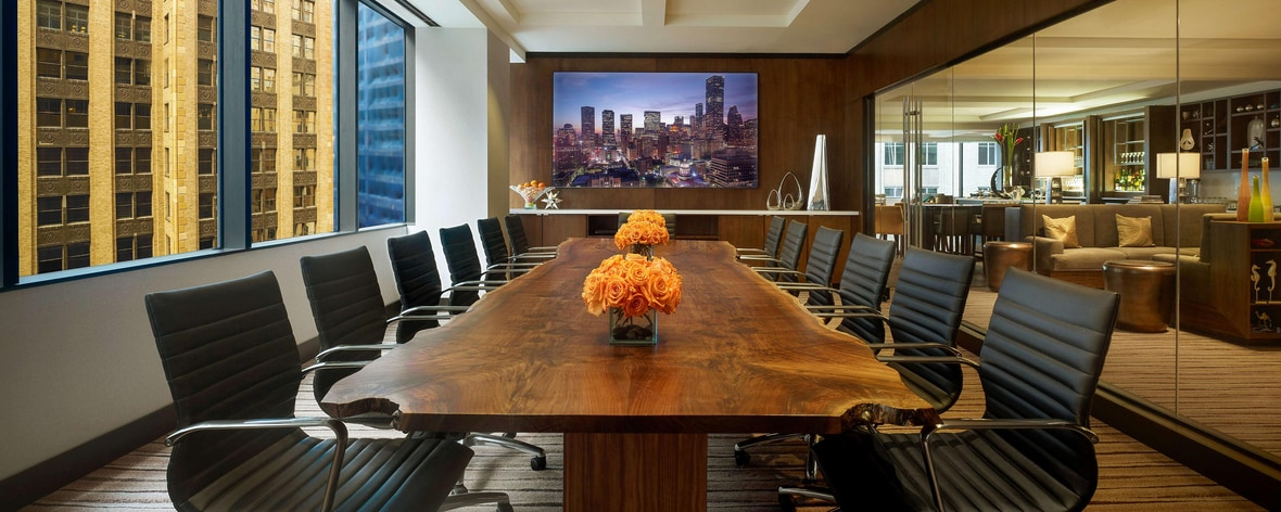 JW Executive Boardroom Renoir located in the Executive Lounge