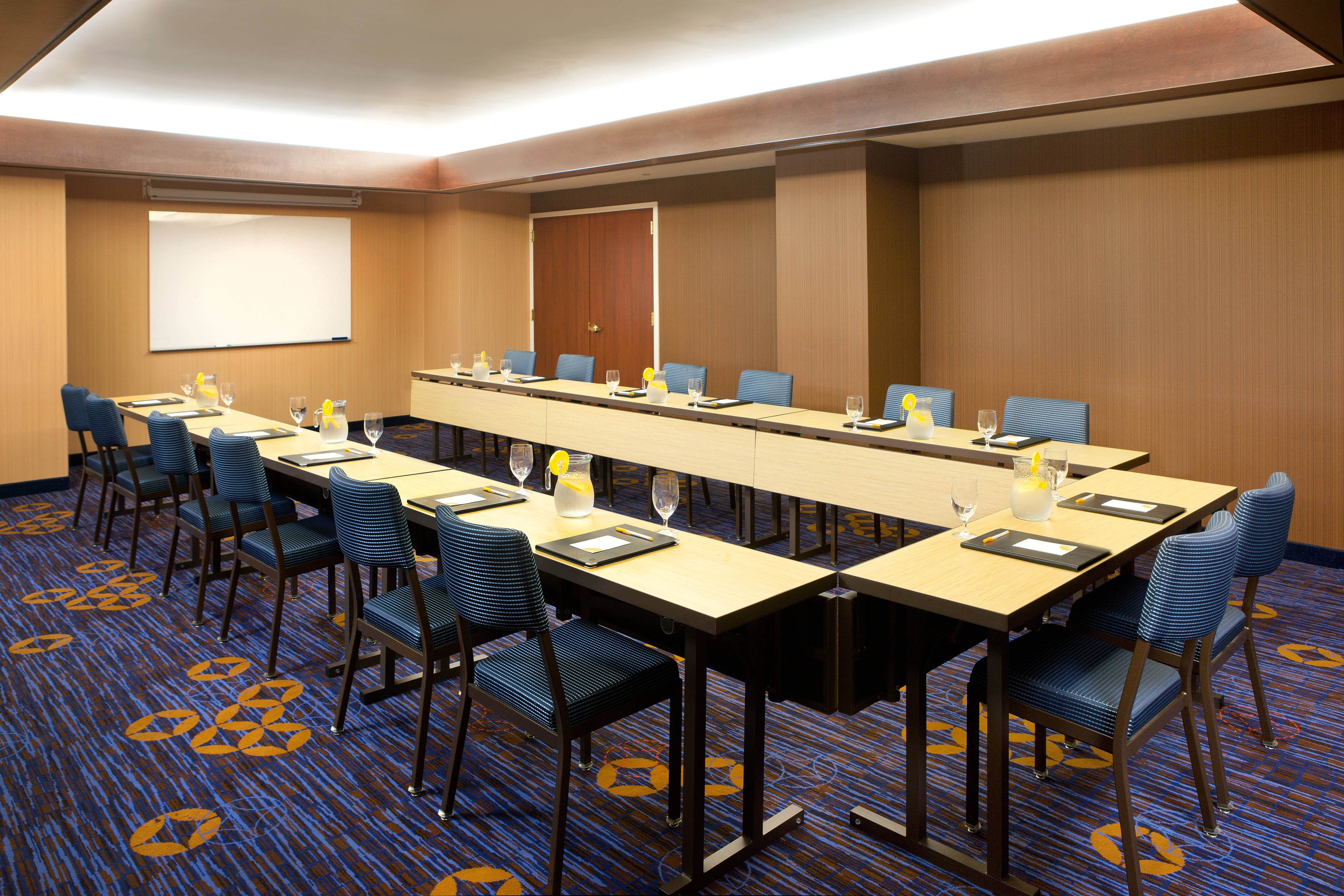 Downtown Houston Meeting Room
