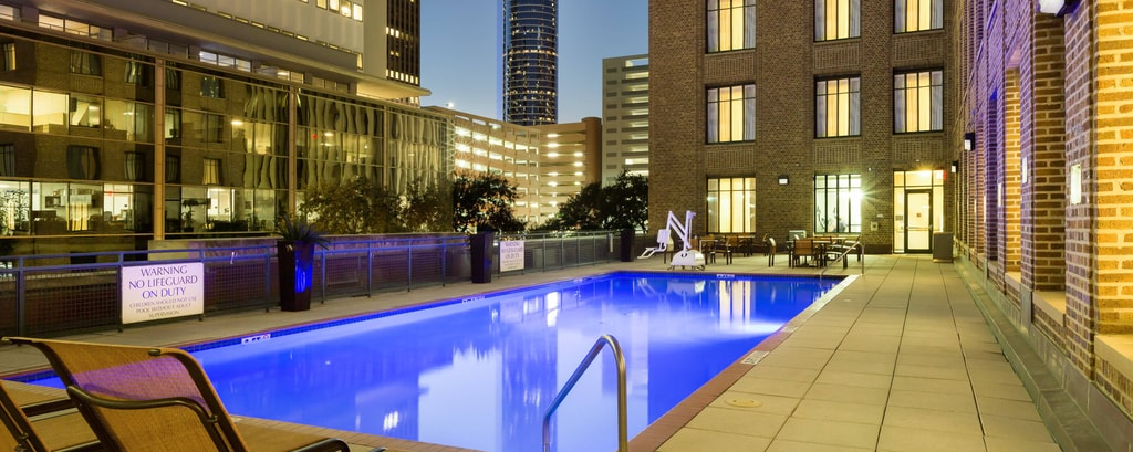 Downtown Houston Hotel Pool