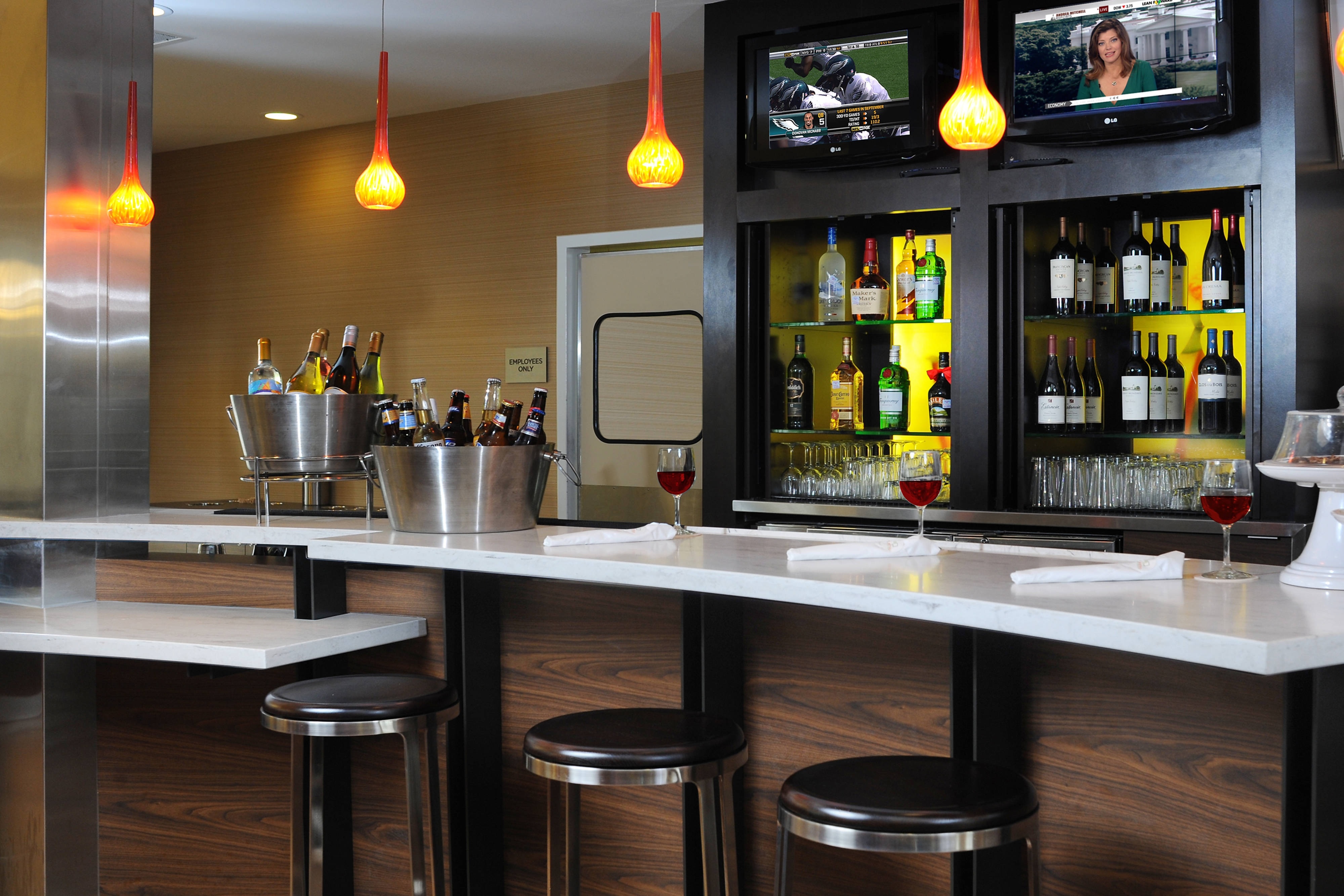 Bar del Courtyard Houston Hobby Airport