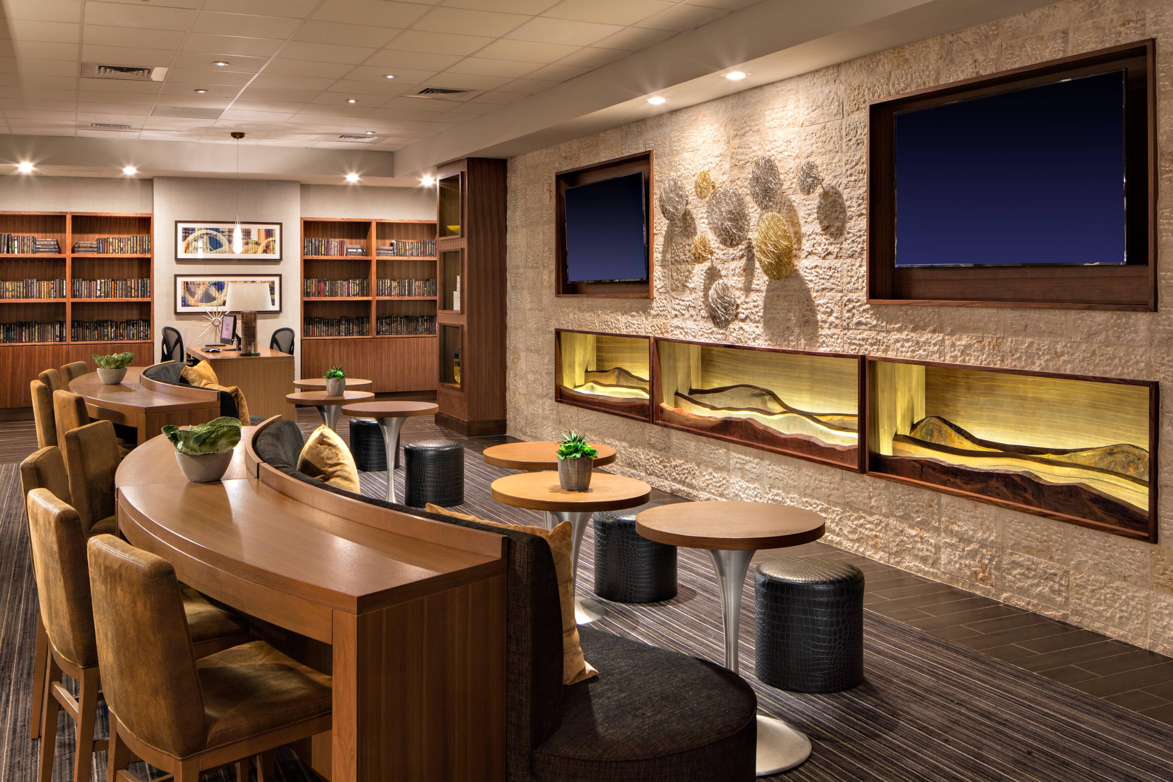 M Club - Lounge Seating