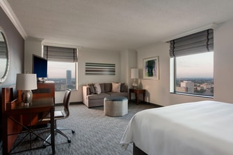 Houston luxury hotel