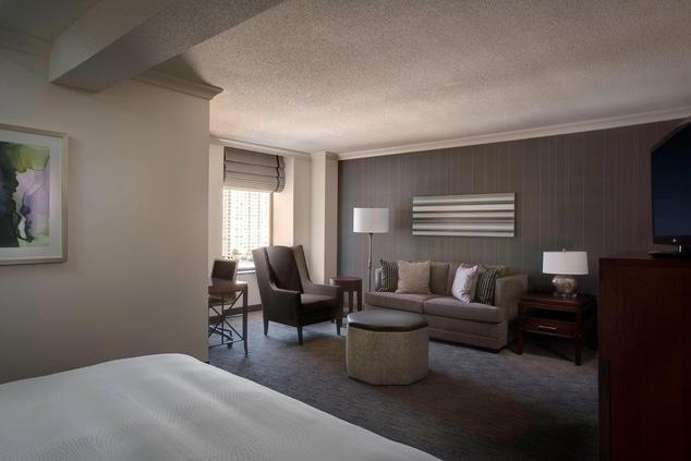 Houston hotel suites