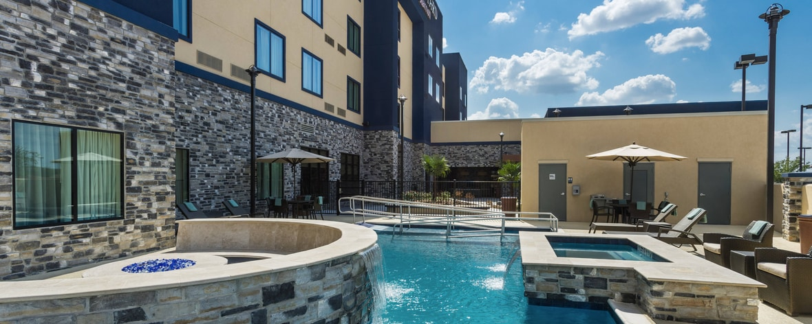 business hotel in katy texas courtyard houston katy mills. Black Bedroom Furniture Sets. Home Design Ideas