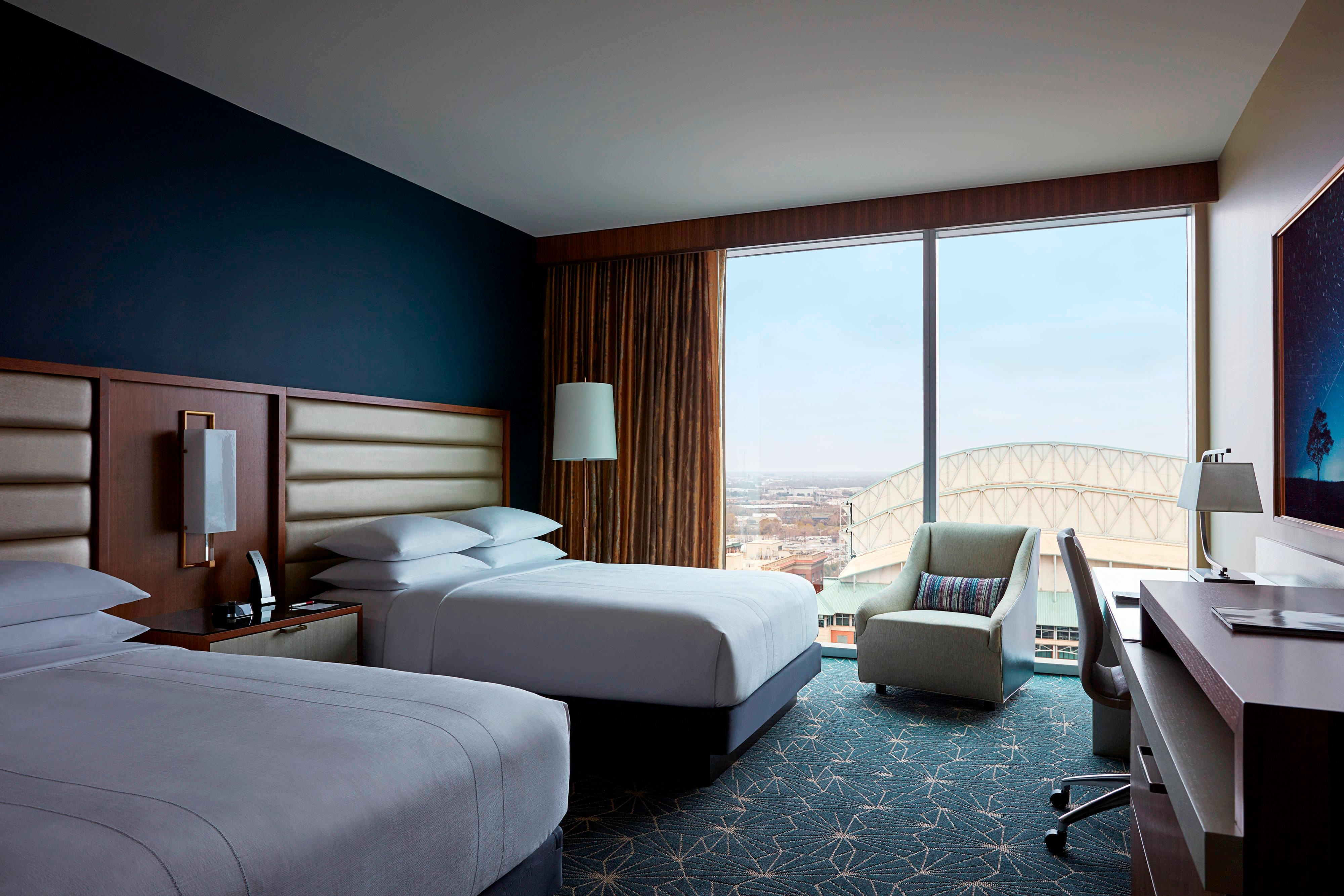 Queen/Queen Guest Room - Minute Maid Park View